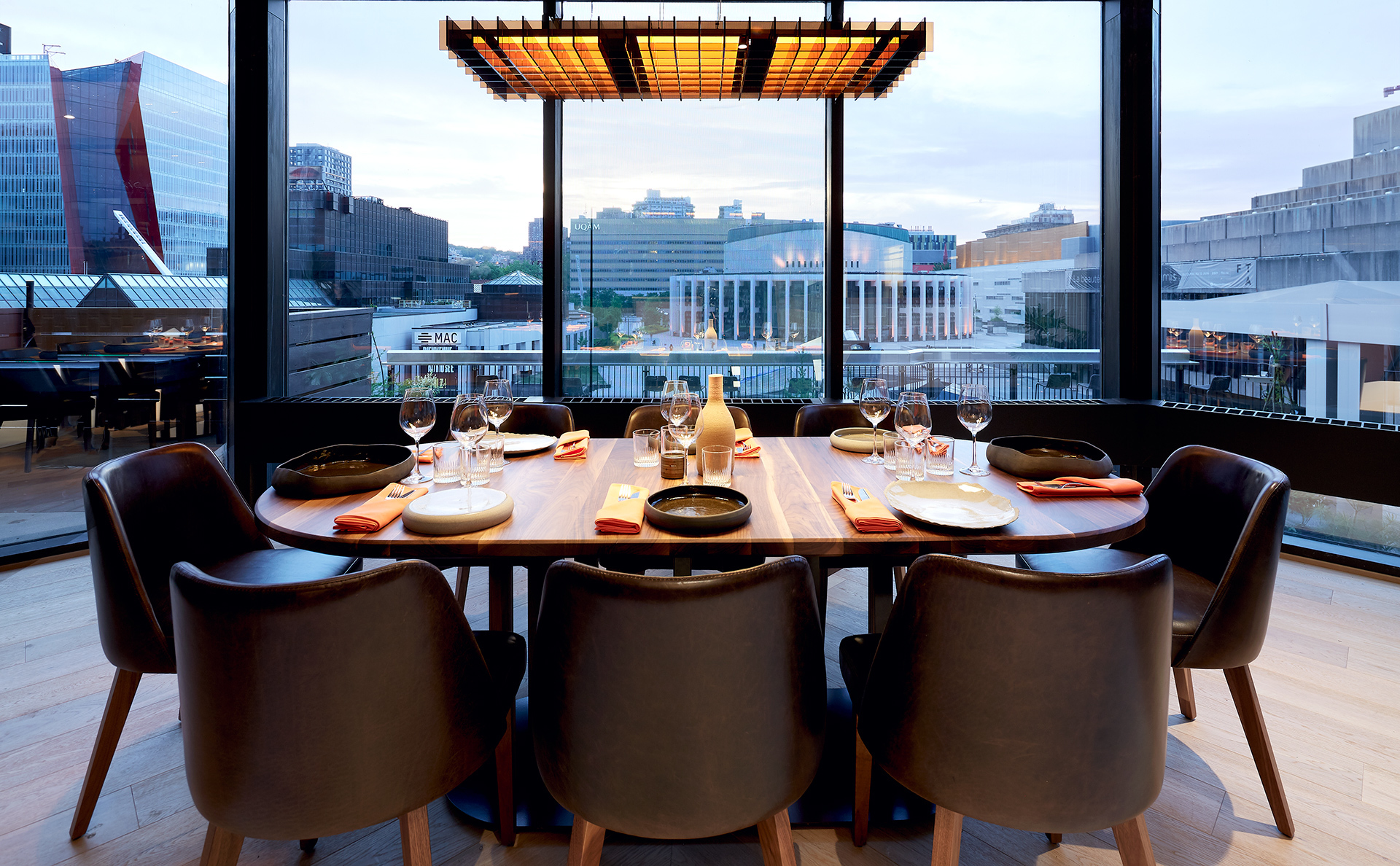 TABLE CHEF DOUBLE TREE HILTON HOTEL MONTREAL